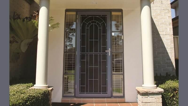 Colonial Cast Aluminium Screen Door